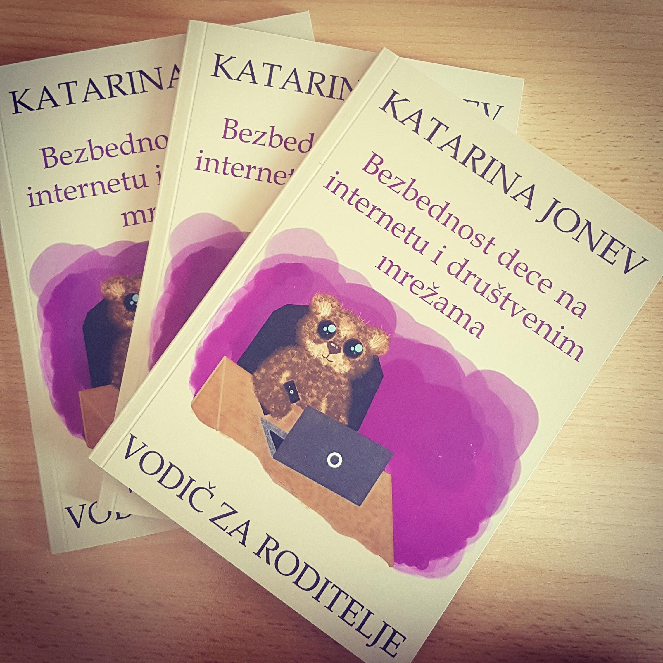 """Knjiga ,,Bezbednost dece na internetu – vodič za roditelje"""""""